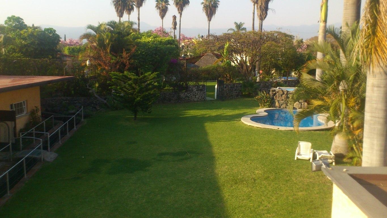 Renta de casa bonita fines semana santa weekend cuernavaca for Alquiler de apartamentos en sevilla para semana santa