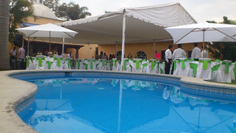 Quinta rey bodas weekend cuernavaca for Caldera para alberca