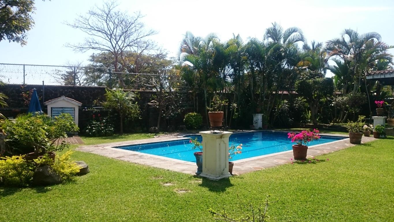 Casas de fin de semana cuernavaca weekend cuernavaca for Caldera para alberca