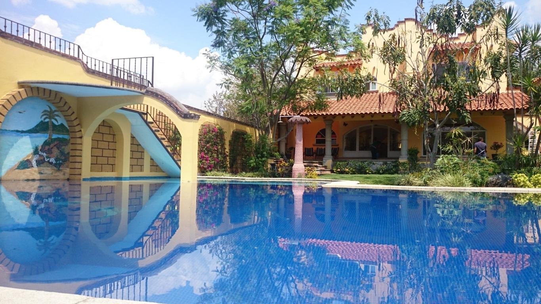 Renta casa jiutepec con alberca barata weekend cuernavaca for Casas en renta cuernavaca
