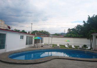 Renta de casas en cuernavaca para fin de semana vacaciones for Caldera para alberca
