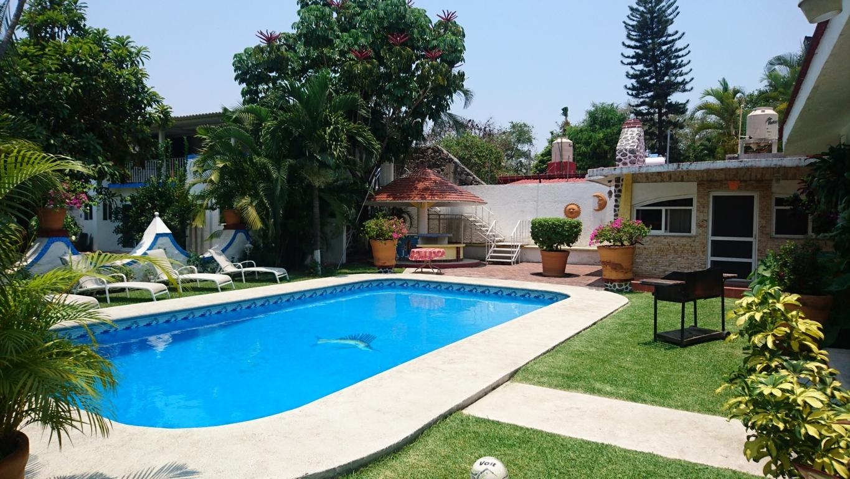 Alquiler casa piscina sevilla fin de semana quintas por for Alquiler de piscinas